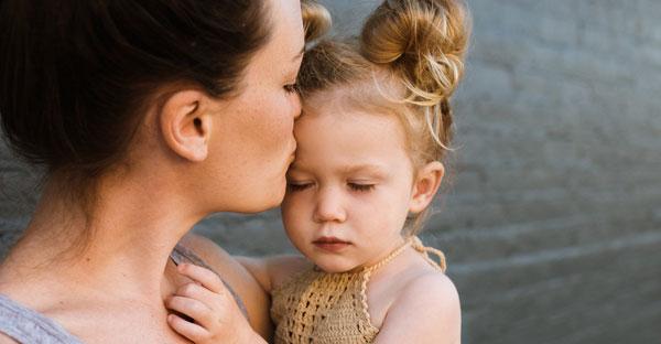 Copil cu probleme de vorbire